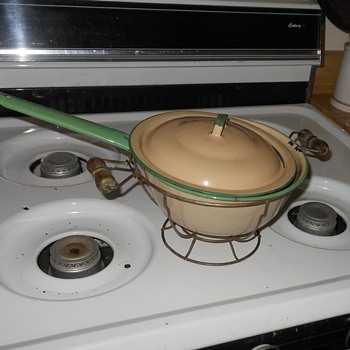 Vintage Enamelware Cream & Green Pan with Holder - Kitchen