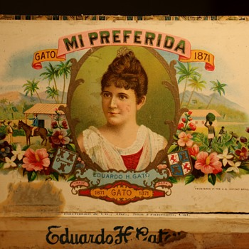Mi Preferida Cigar Box - Advertising