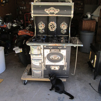Mom's Buck's Malleable Champion Cook Stove Model 82-B