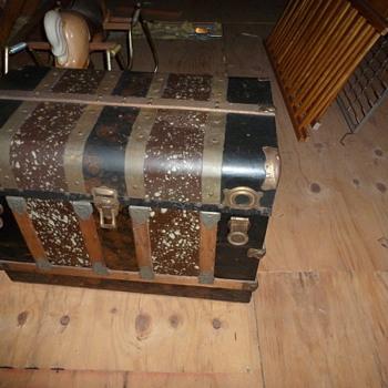 Grandma's Trunk - Furniture