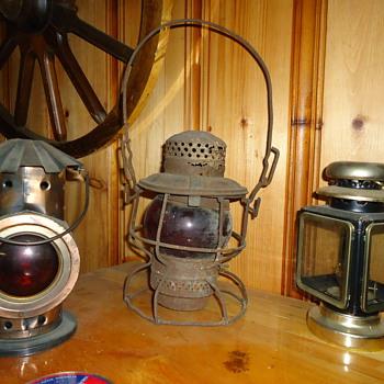 Railroad lanterns - Railroadiana