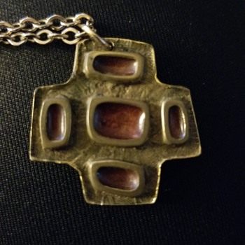 Vintage Necklace by Canadian Bernard Chaudron - Or Not! - Costume Jewelry