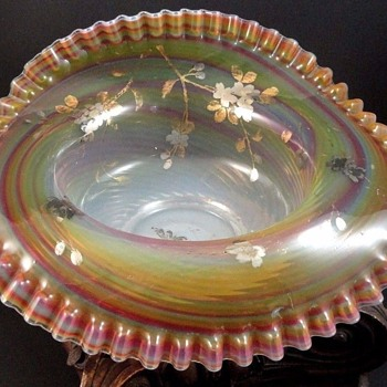 Antique Victorian Bohemian Opalescent Rainbow Swirl Art Glass Bowl - Art Glass
