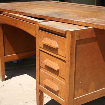 Desk Got From Neighbors!!! - Furniture