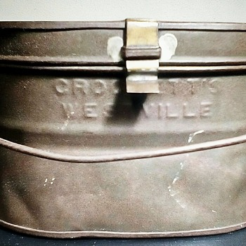 Old Metal Lunch Box - Kitchen