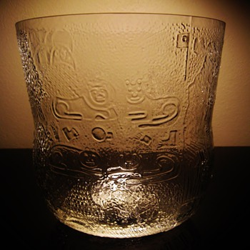 OIVA TOIKKA - Art Glass