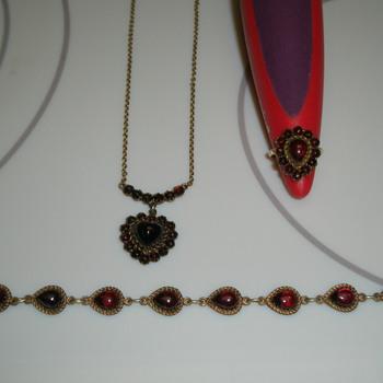 1930's/40's Garnet Jewelry - Fine Jewelry