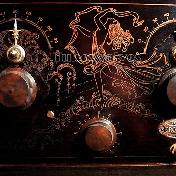 Crosley RFL 75 - Radios