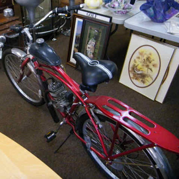 Classic Schwinn Motor Bicycle - Sporting Goods