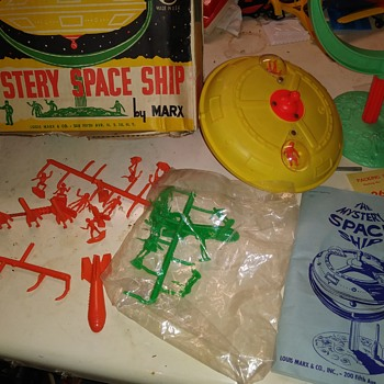 Marx Mystery Space Ship - Toys