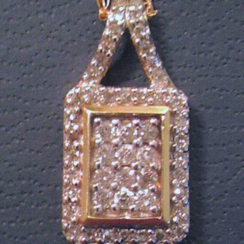 10k yellow gold pendant - Fine Jewelry