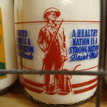 SUPREME ICE CREAM CREAMTOP WAR SLOGAN MILK BOTTLE....MINUTEMAN SLOGAN - Bottles