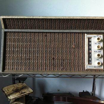 Ge radio stereo record player