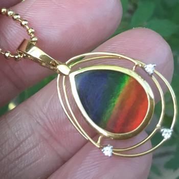 Ammolite pendant and 2 Ammolite Stones - Fine Jewelry