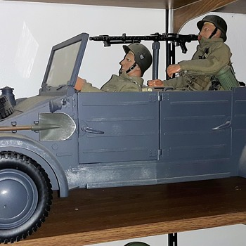 Ultimate Soldier GI Joe World War II 1/6 Scale Vehicle Display - Toys