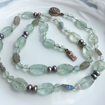 Chinese export carved Aquamarine beads necklace. - Fine Jewelry