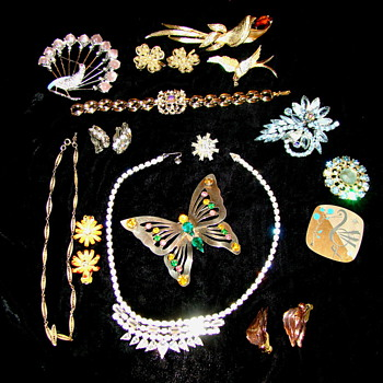 My Collection of Vintage Jewelry