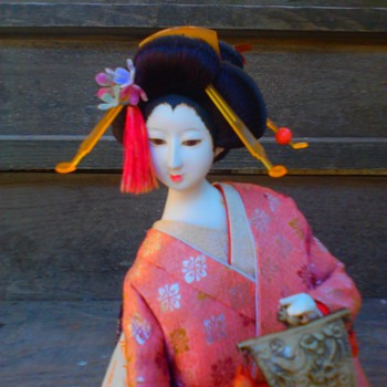 Geisha doll rescue; andon lamp dancer with uchiwa fan (continued) - Dolls