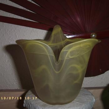 ART NOUVEAU DAUM ? CLOUD GLASS VASE - Art Glass