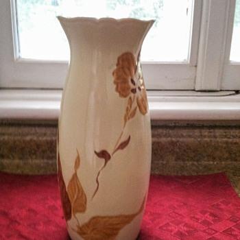 Royal Haggar vase - Pottery