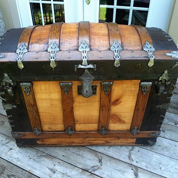 1880's refinished cross-slat antique trunk - Furniture
