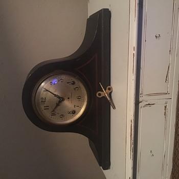 Seth Thomas  Mantel Clock - Clocks