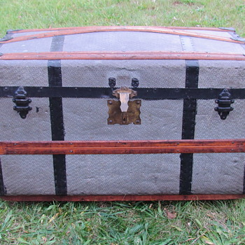 "1870's  32"" Pure Zinc Turtle Top - barrel stave Trunk - Furniture"