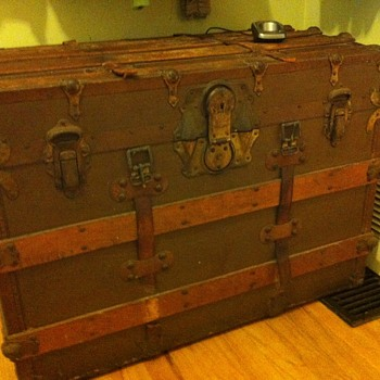 Information needed on trunk - Furniture