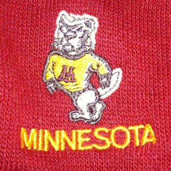Vintage 1950's UofM Golden Gophers sweater. Like new!
