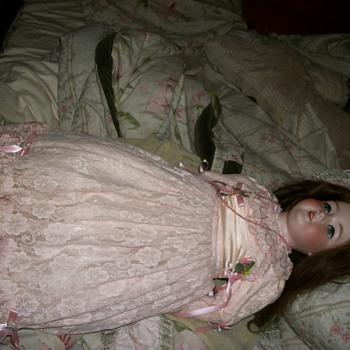 german vintage doll need info please - Dolls