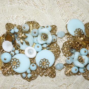 Help identify Vintage Bracelet gold Filagree & blue beads - Costume Jewelry