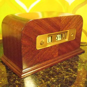 "General Electric Cyclometer ""Budgeteer"" Model 8B-06, 1936"