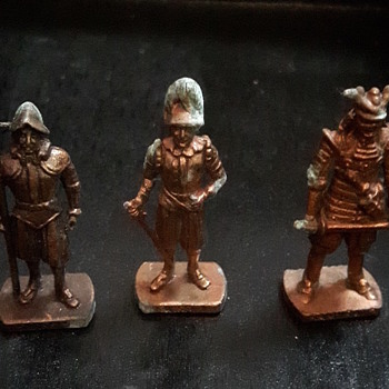 (Tarnished) Bronze Soldiers - Toys