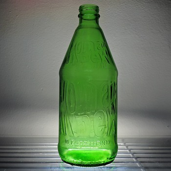 1980 Mountain Dew Soda Bottle Brockway Embossed Green Glass 16 Ounces NDNR Pint - Bottles