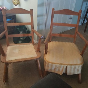 Very Old Chair and Rocker Would Like Assistance Determining Age
