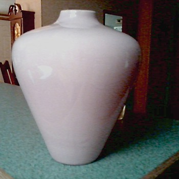 "Large Haeger ""Deco"" Style Vase #4444 / Original Label  / Circa 1990 - Pottery"