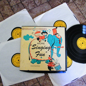"More Singing Fun 10"" record set - Records"