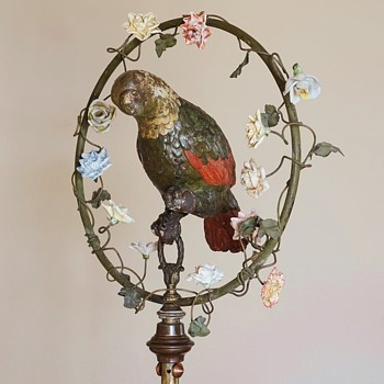 French Papier-Mâché Parrot on Brass Stand. 1890s. - Figurines