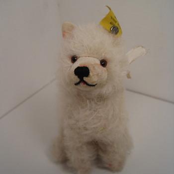 Beautiful White Steiff Wool Plush Chow Chow Dog