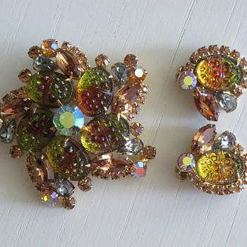 Juliana Delizza & Elster Demi Parure Pin & Earrings