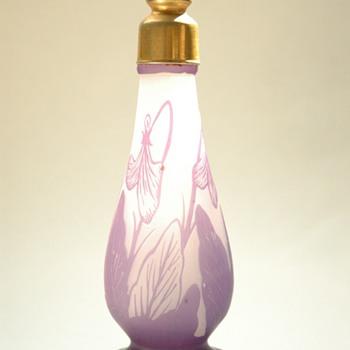 Georges Raspiller art nouveau glass cameo atomizer.  - Art Nouveau