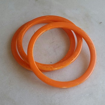 Orange bakelite spacer bangles circa 40's-50's - Costume Jewelry