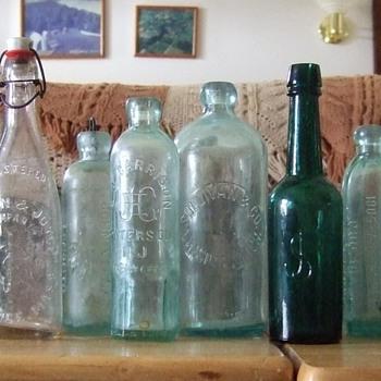 Hutchinsons, Blob Tops, Squats, Oh my! - Bottles