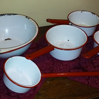 5 pcs of white/red enamelware