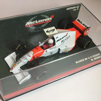 Minichamps McLaren MP 4/9 Martin Brundle 1/43 - Model Cars