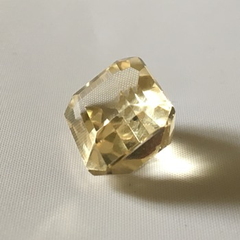 Old stone - Fine Jewelry
