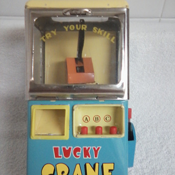 Lucky Crane Battery Operated 1950's Toy - Toys