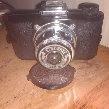 Coronet Cub a film camera made in Birmingham,UK made between 1939 and 1948, this being an early model. - Cameras