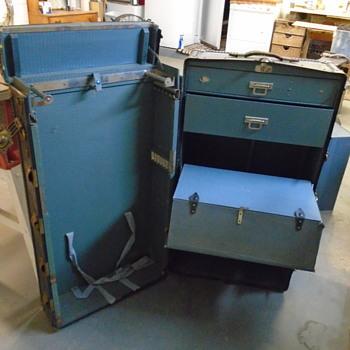 Converting the Wardrobe Trunk - Furniture