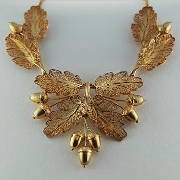 Set 2 Vintage Acorn Necklace with Oak Leaves